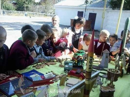 Виставка-презентаці гуртків. Сокаль школа 5